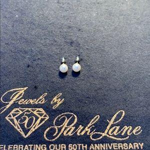 Park Lane Pearl Earrings